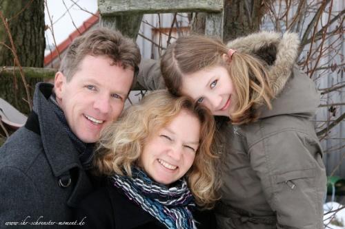 familienfotos schnee