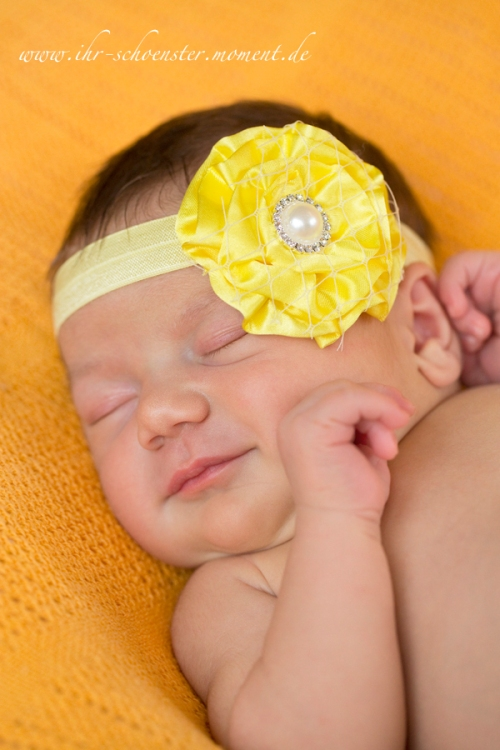 neugeborenes gelbes haarband