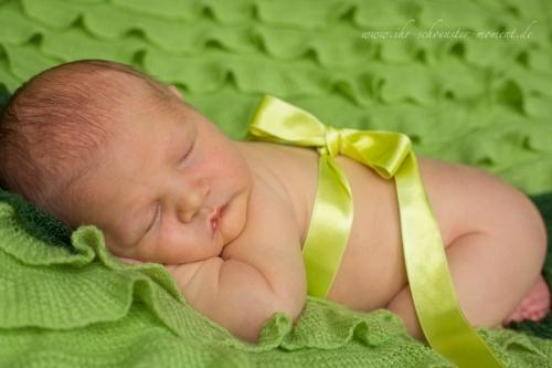neugeborenenbilder muttertag