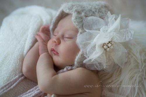 Neugeborenenfotografie Mützenfotos