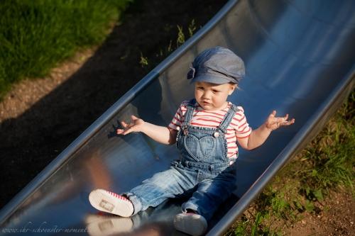 Kinderotografie auf dem Spielplatz-2