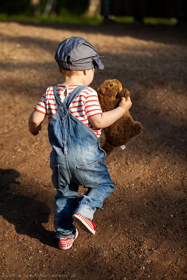 Kinderotografie auf dem Spielplatz