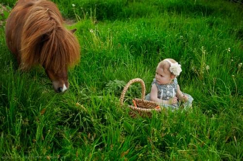 Kinderotos auf dem Bauernhof