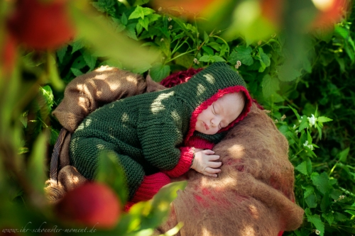 Neugeborenenfotos in Buxtehude Apfelmädchen_-3