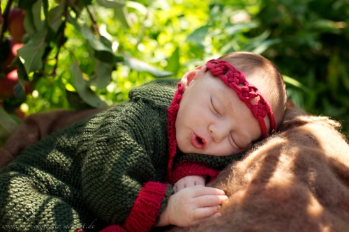 Neugeborenenfotos in Buxtehude Apfelmädchen_-7