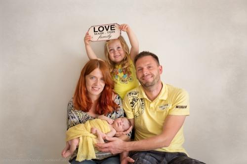 Neugeborenenfotos Geschwisterfotos Familienfotos_-101
