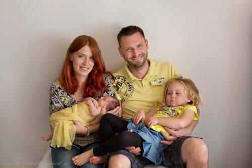 Neugeborenenfotos Geschwisterfotos Familienfotos_-94