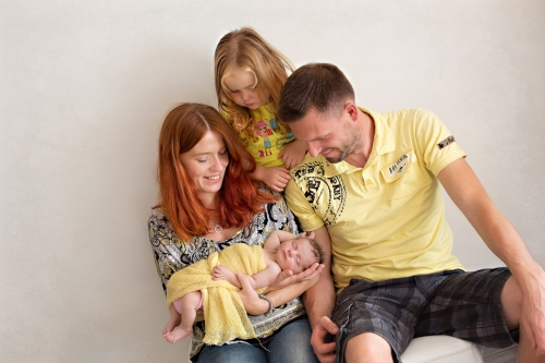 Neugeborenenfotos Geschwisterfotos Familienfotos_-98