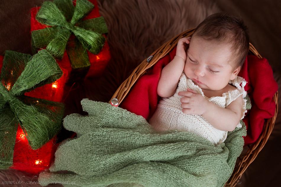 Neugeborenenfotos zu Weihnachten-17