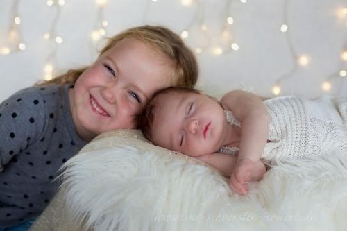 Paulina und Amilia Weihnachten
