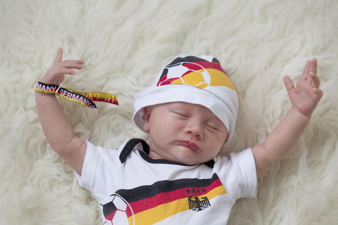 EM 2016 Frankreich Neugeborenenfotos